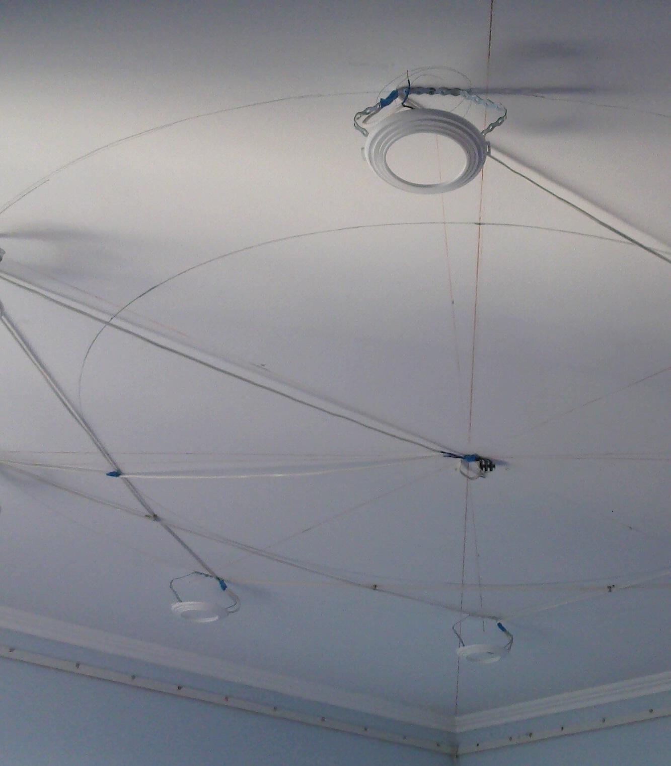 Установка светильников в натяжной потолок Строительный 8