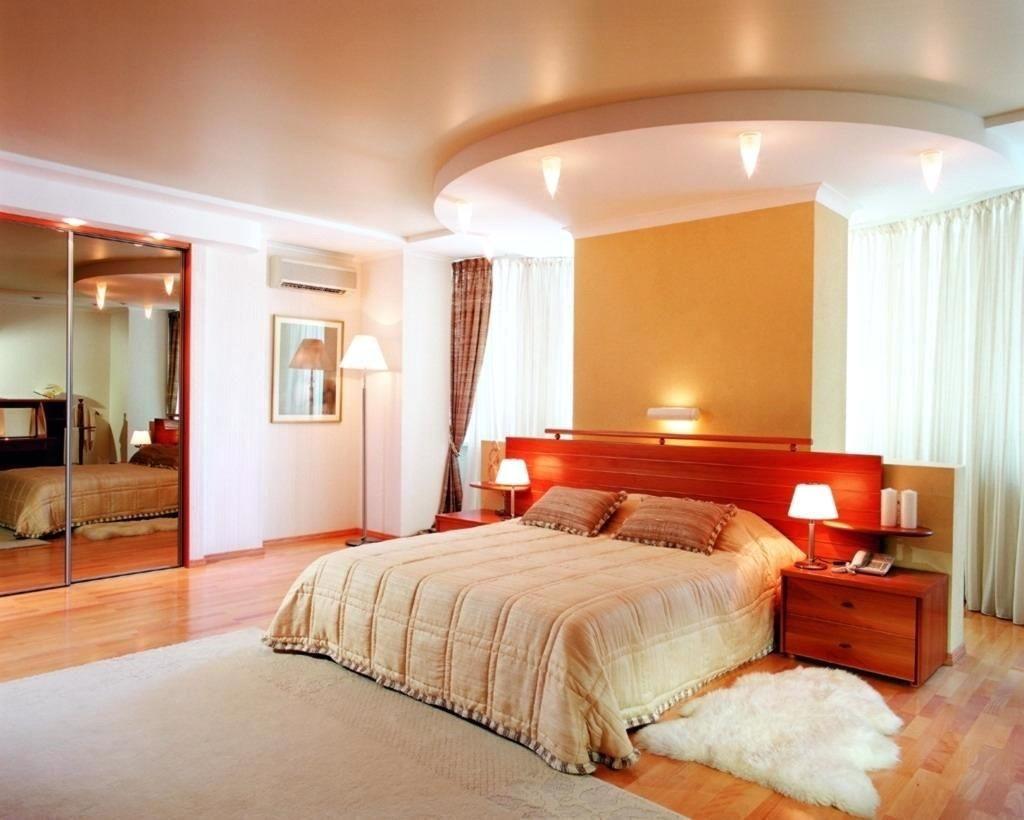 Натяжной потолок в спальню.