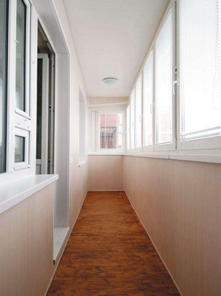 Тканевый потолок на лоджии